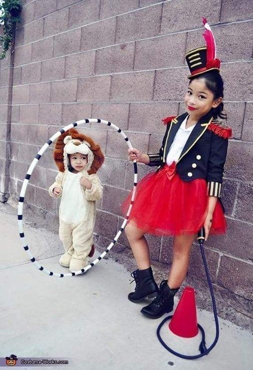 oroszlán és idomár jelmez tesóknak