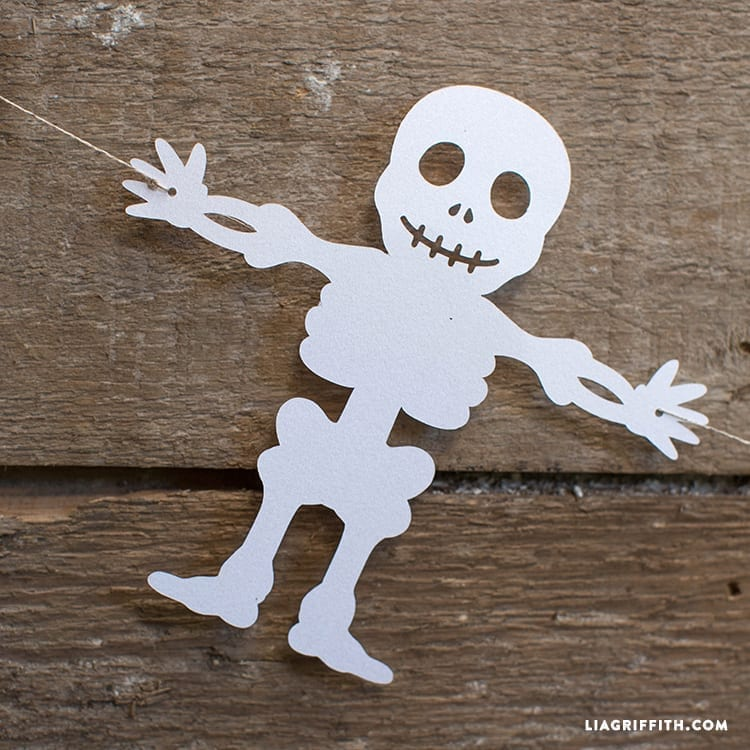 papír csontváz dekoráció