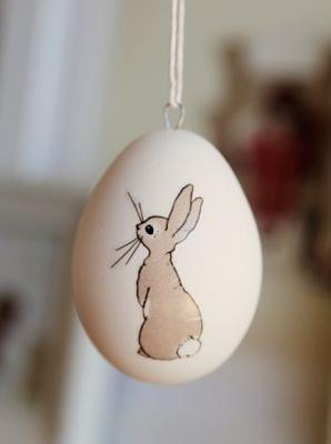 kézzel festett húsvéti tojás