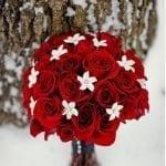 Téli esküvői csokor rózsákból